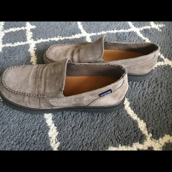 bd0003e1 M_5b4e2d89c89e1df99625f4f8. Other Shoes you may like. Patagonia Maui Forge  Black Moccasin Slippers Mens